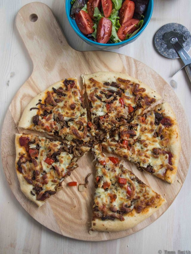 Spicy Beef Pizza
