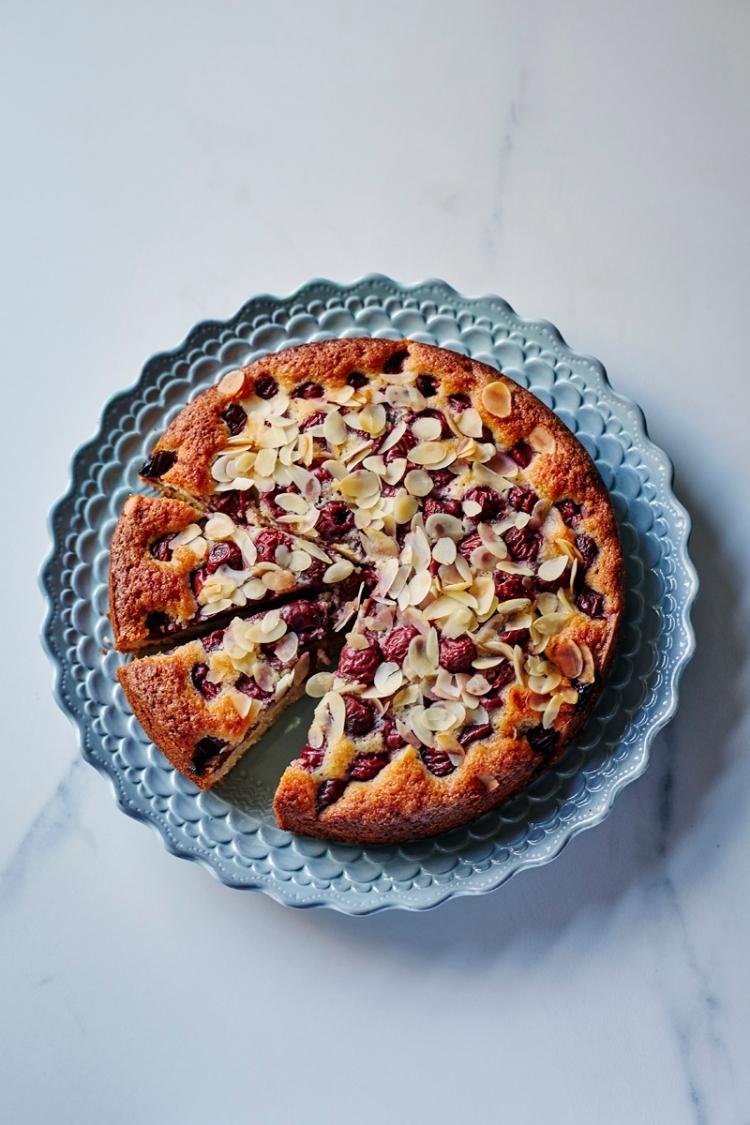 Cherry and almond cake